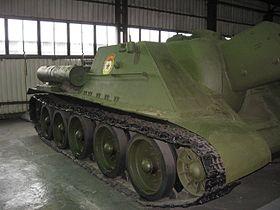 Un SU 122 conservé dans un musée.