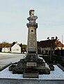 Saint-Cyr-les-Champagnes monument aux morts.JPG