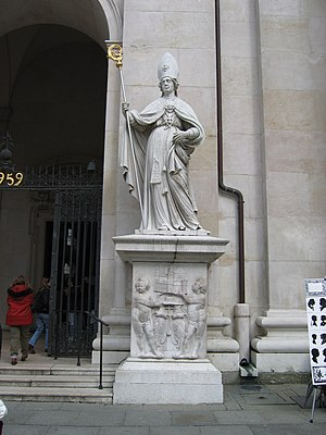 Vergilius of Salzburg - Statue of Saint Vergilius at the Salzburg Cathedral