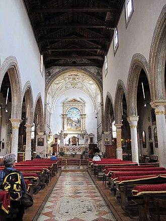 San Giovanni in Bragora - Image: San giovanni in bragora, interno 02