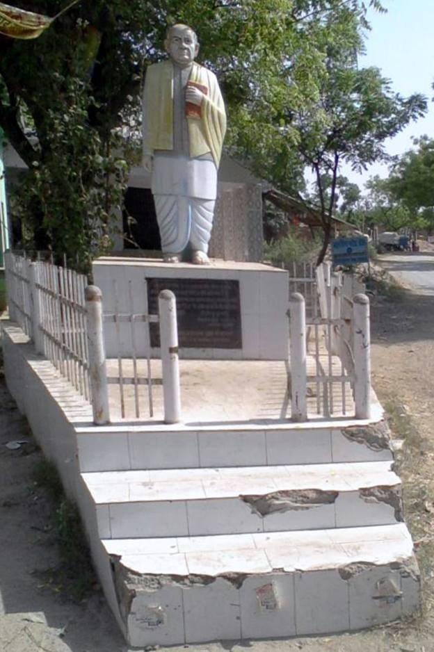 Sardar Vallabhbhai Patel statue at Katra Gulab Singh
