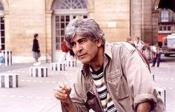 سركون بولص / الشاعر العراقي المنسي  250px-Sarkoun