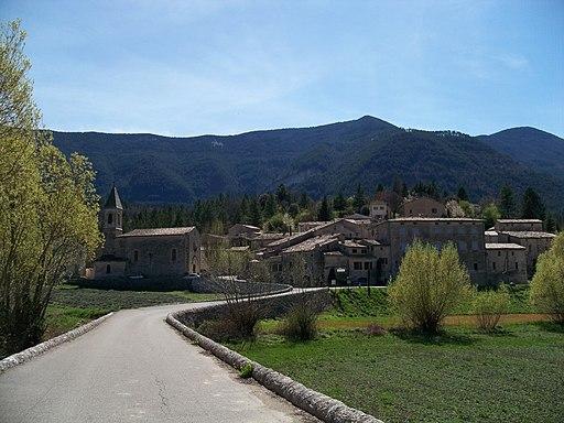 Savoillan - village