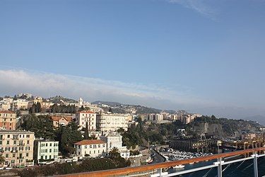 Savona from the port 2010 6.jpg