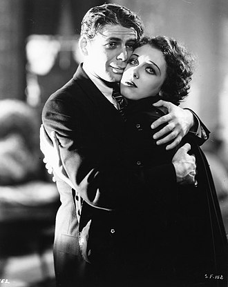 Scarface (1932 film) - Paul Muni and Ann Dvorak in Scarface