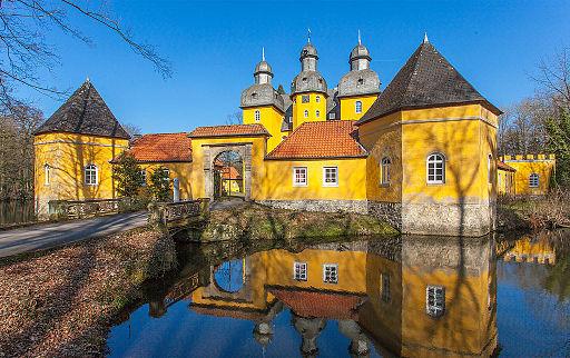 Schloss-Holte 01