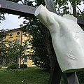 Scorcio di Villa Rovere con opera.jpg