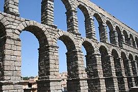 Segovia Acueducto 06 JMM.JPG