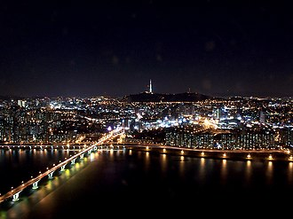 Four Asian Tigers - Image: Seoul at night from 63 building