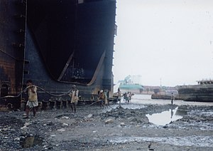 shipbreaking in Bangladesh near Chittagong