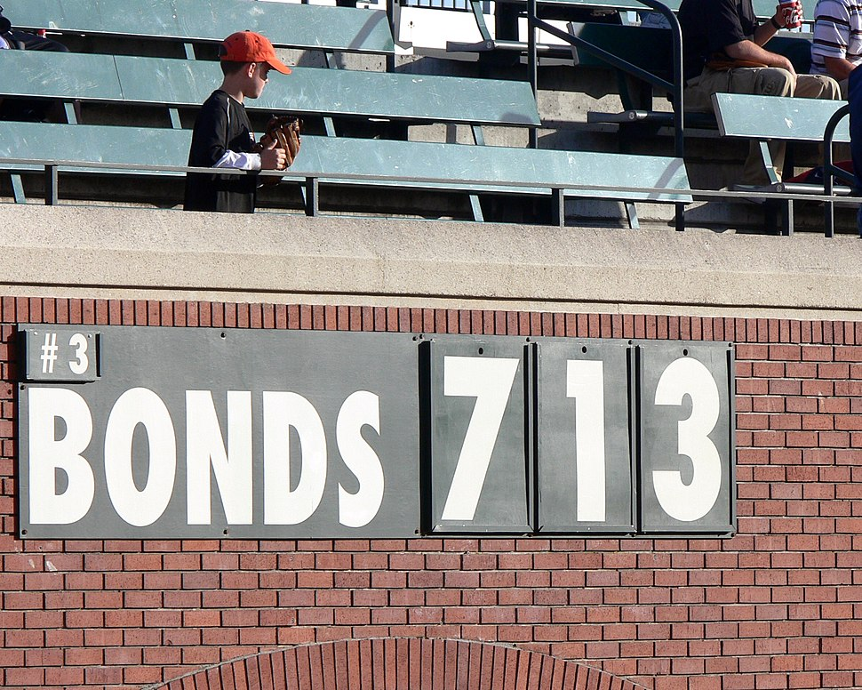 Sign counts down to Barry Bonds 713th home run
