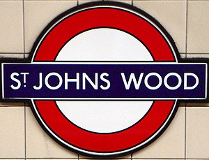 St. John's Wood tube station - Roundel on a platform at St. John's Wood