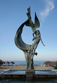 Monumento alla Libertà in P.zza Marconi, opera dell'artista Ireneo Janni, 2004