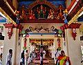 Singapore Tempel Sri Mariammam Innen 2.jpg