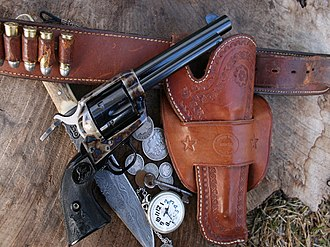 Handgun holster - 19th – early 20th century single-loop holster