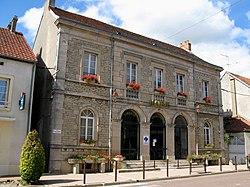 Sombernon (mairie) 6304.jpg