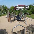 Spielplatz mit Elefantenhängematte - panoramio.jpg