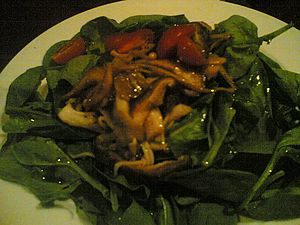 Spinach mushroom salad