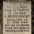 Stèle mémoire docteur Medvedowski - P.M..JPG