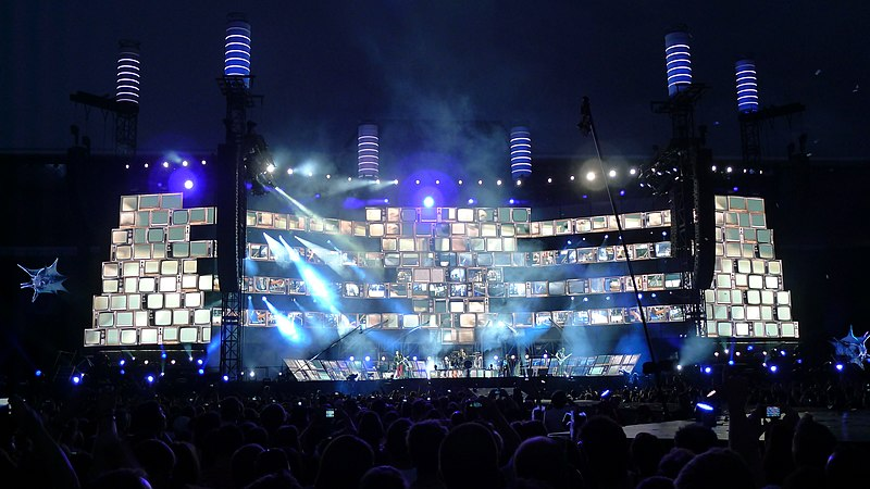 Muse Stage Design