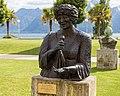 Statue of Ella Fitzgerald in Montreux.jpg