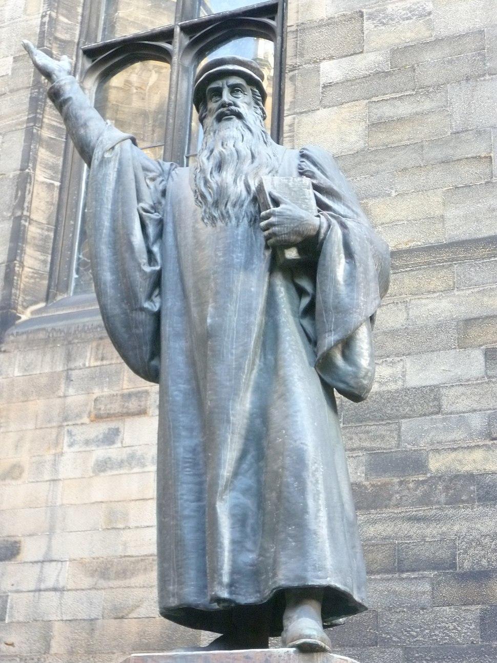 Statue of John Knox in New College quadrangle, Edinburgh