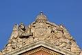 Statues sur le fronton du Capitole de Toulouse 3.jpg