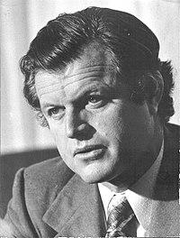 Stevan Kragujevic , Ted Kenedi u Beogradu, 1974.jpg