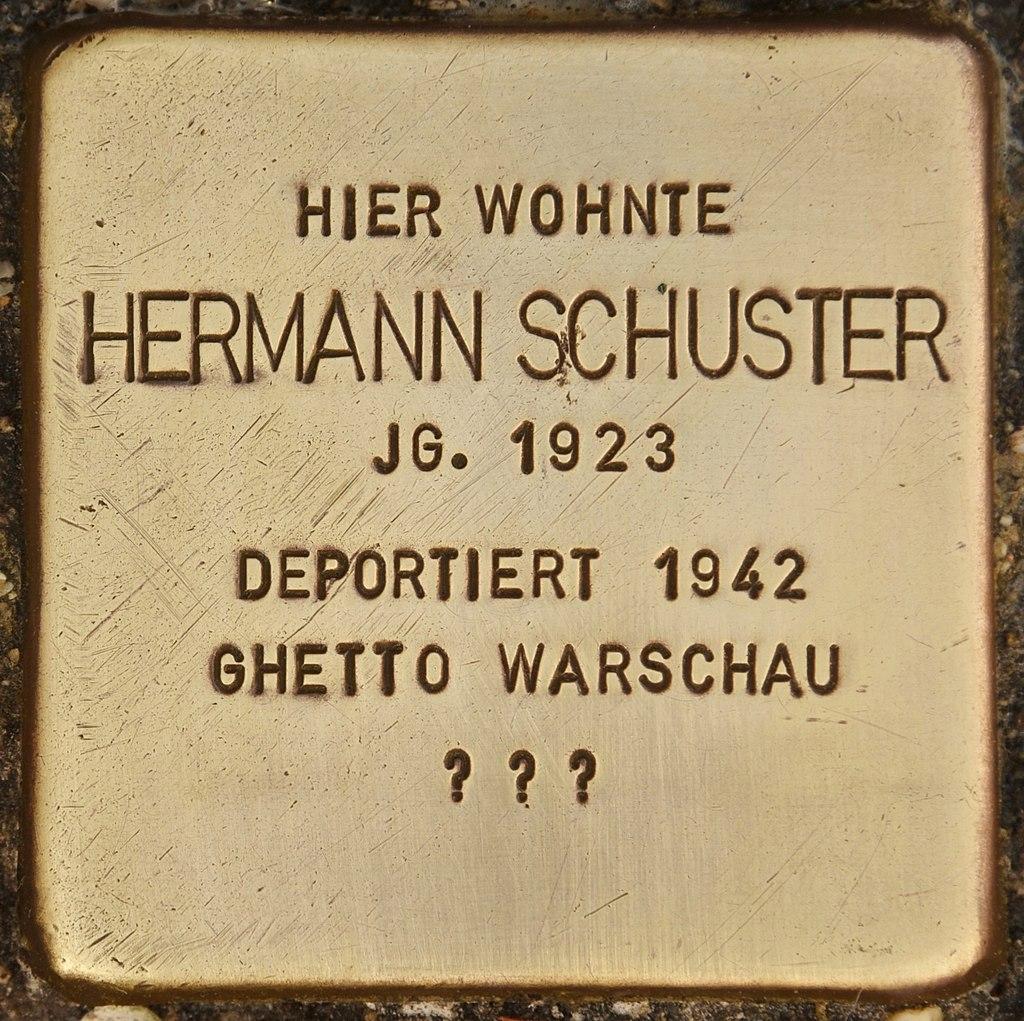 Stolperstein für Hermann Schuster (Bernau).jpg