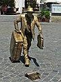 Straßenkünstler Statue - panoramio.jpg
