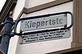 Straßenschild Kiepertstraße Hannover Herrenhausen Ludwig und Max Kiepert.jpg