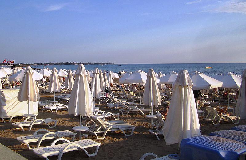 Datei:Strand in Side 2.JPG