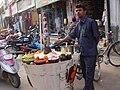 Street vendor in Tamil Nadu selling fast foods.JPG