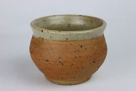Studio Ceramics sugar bowl by Bernard Leach (YORYM-2004.1.2022.3).JPG