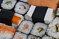 Sushi (14744352019).jpg