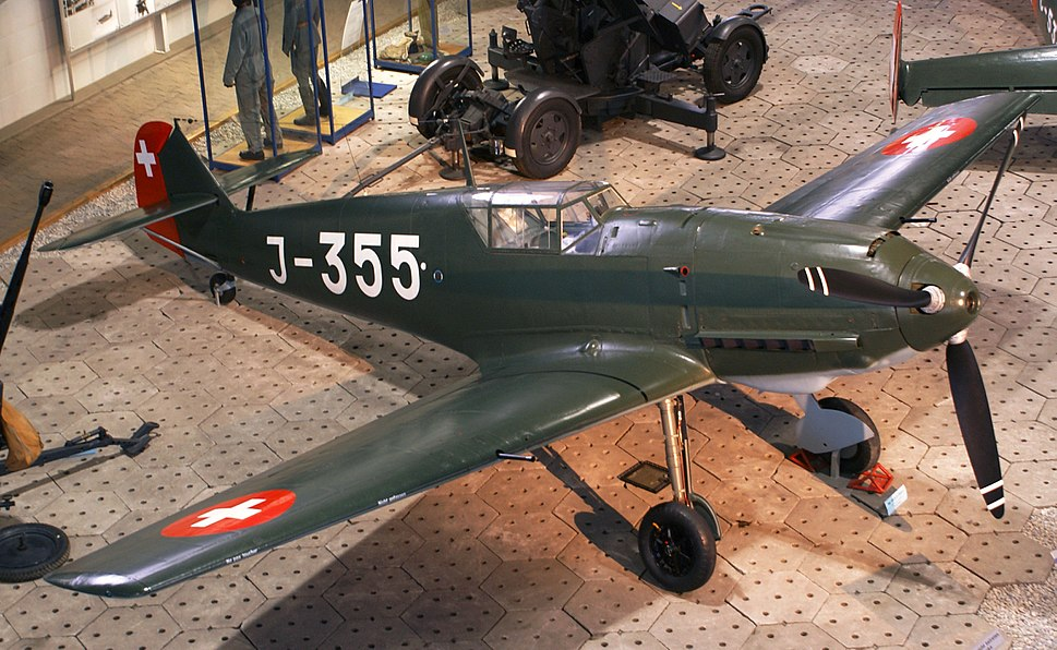 Swiss Messerschmitt Bf 109-E3 top left view