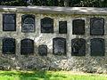 Szalejów Dolny. Ogrodzenie cmentarza przy kościele filialnym..JPG