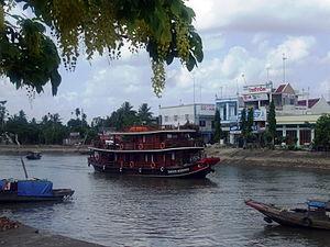 Tàu Douce Mekong.jpg