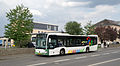 TICE Bus virun de Gebaier vum TICE zu Esch-Uelzecht, bvd Charles de Gaulle 01.jpg