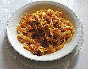 Tagliatelle al ragù (image modified)