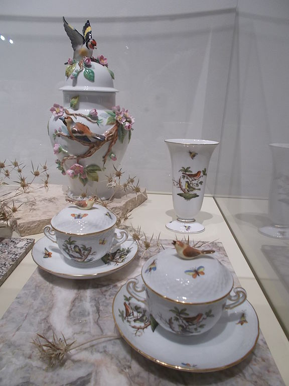 Fileteacups With Saucer And Vases Fragile Nature Treasures Of