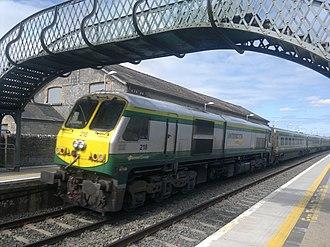 Templemore railway station - Cork-Dublin Train on Platform 1 Templemore