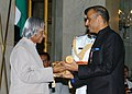 The President, Dr. A.P.J. Abdul Kalam presenting Padma Bhushan to Shri Sunil Bharti Mittal, at an Investiture-II Ceremony at Rashtrapati Bhavan in New Delhi on April 05, 2007.jpg