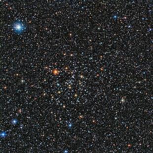 Aufnahme des offenen Sternhaufens IC 4651, erstellt mithilfe des MPG/ESO-2,2-m-Teleskop