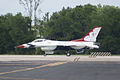Thunderbirds Lockheed-Martin F-16C Fighting Falcon Number 1 Taxi Out 02 SNF 16April2010 (14607420616).jpg
