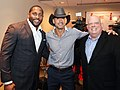 Tim McGraw with Gov. Hogan.jpg