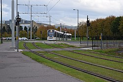 Tram 268 approaching the Gyle Centre (geograph 4200661).jpg