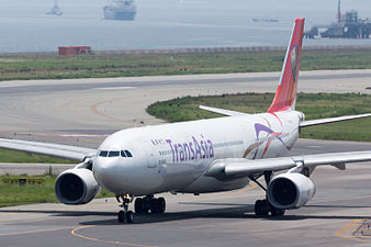 TransAsia Airways, A330-300, B-22102 (19420520315).jpg
