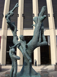 Tree Children sculpture by Leo Mol.JPG