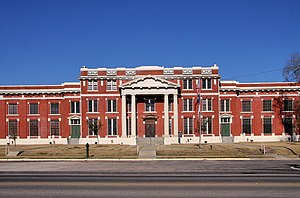 Groveton, Texas - The Trinity County Courthouse in Groveton